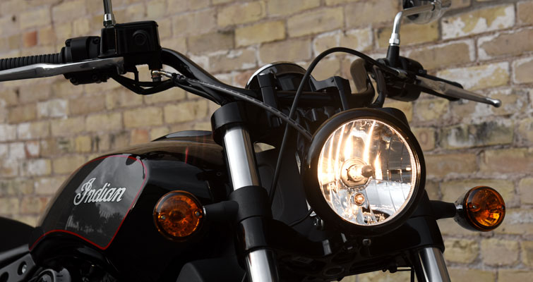 Indian® Scout Sixty - FAROL NEGRO
